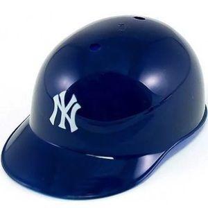 New York Yankees Souvenir Batting Helmet